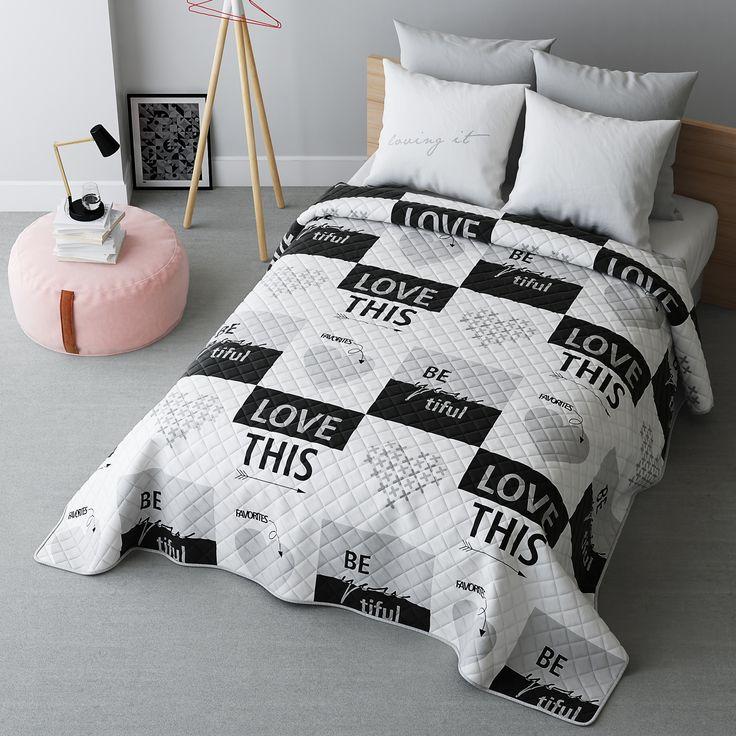 Biała nowoczesna narzuta na łóżko