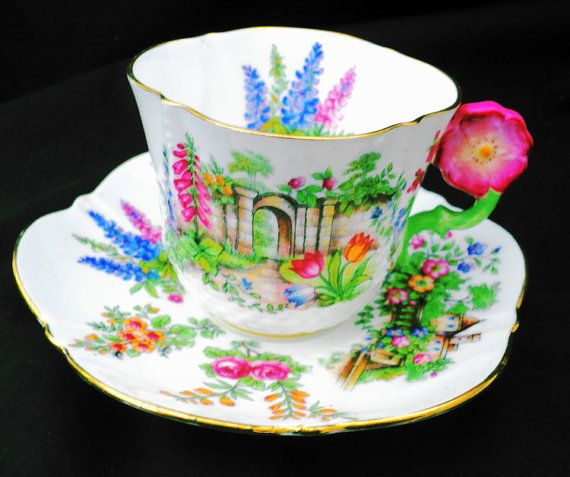 Aynsley Flower handle Tea cup and saucer art deco garden gate rose tulip