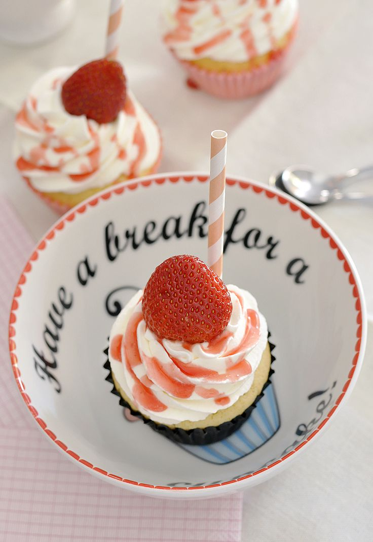 Cupcakes de Milkshake | Vídeos e Receitas de Sobremesas