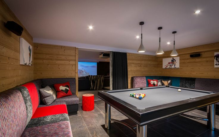 Skiing Hen Parties With Images Luxury Ski Chalet Ski Chalet