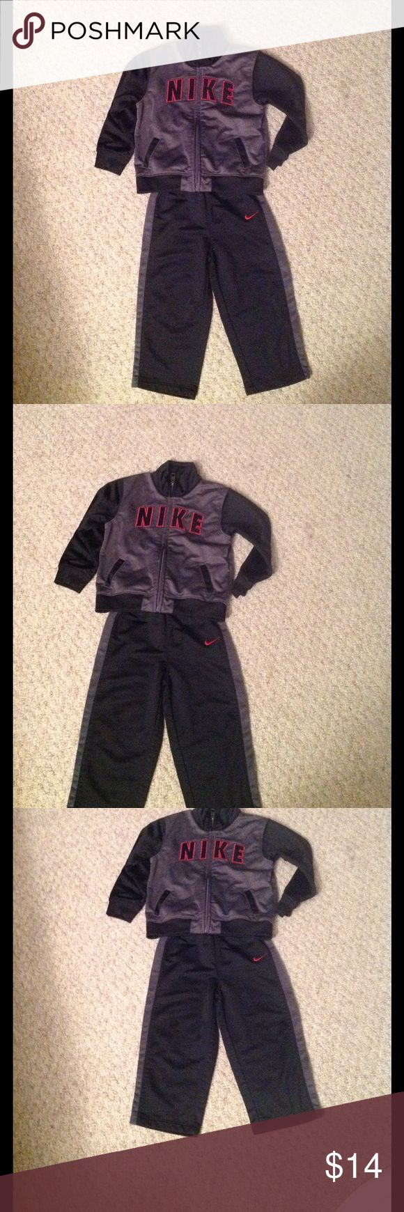 NIKE jogging suit Little boys NIKE Jogging suit. Size 24 months. Has been used, but no rips, tears or stains. Nike Matching Sets
