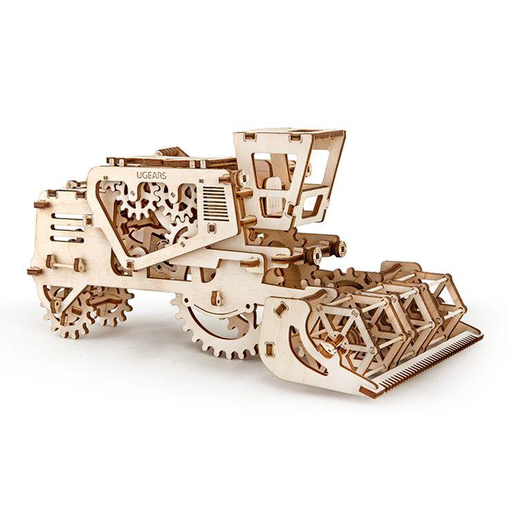 Комбайн UGEARS - это механический 3D пазл из дерева. Оригинальный и экологичный конструктор для детей и взрослых.