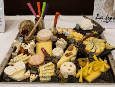A l'occasion d'une fête,proposez ce plateau de fromages, inspirez-vous !