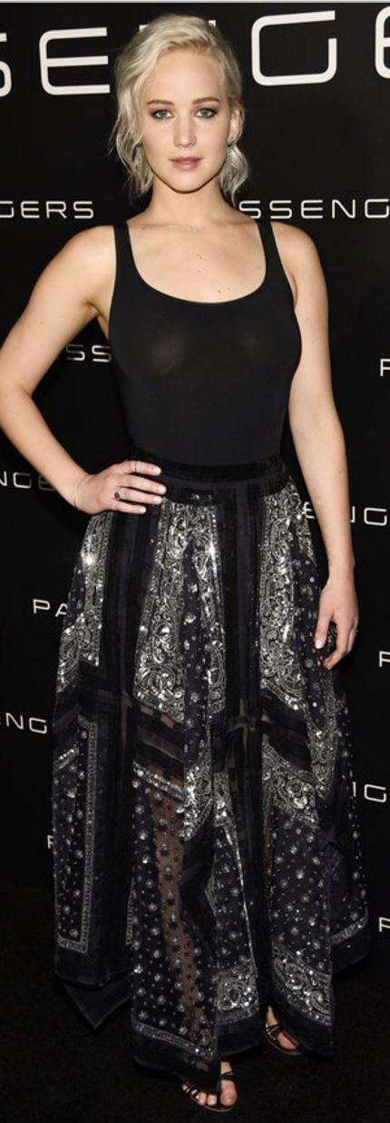 Who made Jennifer Lawrence's black beaded sandals, jewelry, and print skirt?