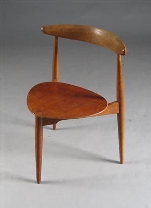 Køb og sælg moderne, klassiske og antikke møbler - H. J. Wegner. Hjertestol - DK, Aarhus, Egå Havvej