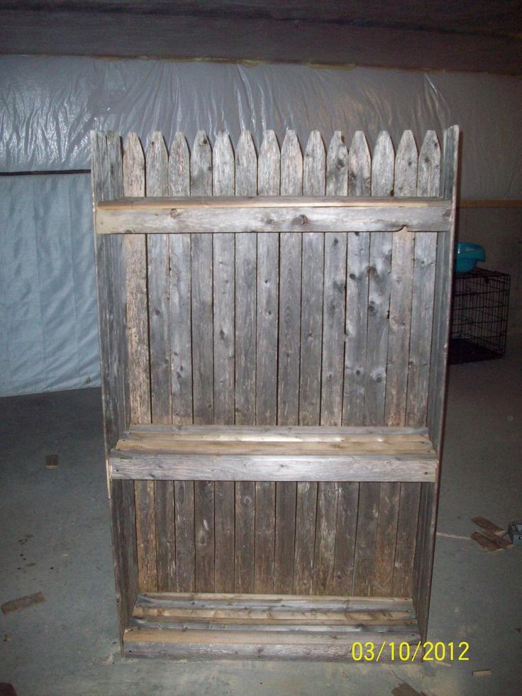 Diy Bookshelf Out Of Fence Diy Home Decor Diy Bookshelves