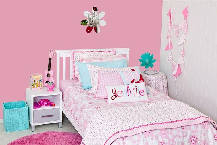 Am really liking the dash of aqua - a splash of pop with the Millie linen. #patersonrose #girlslinen #girlsrooms #girlsbedroomdecor #kidsduvet #kidsdecor #childrensbedrooms #millie #pink
