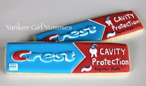 Crest cookies. By Yankee Girl Yummies