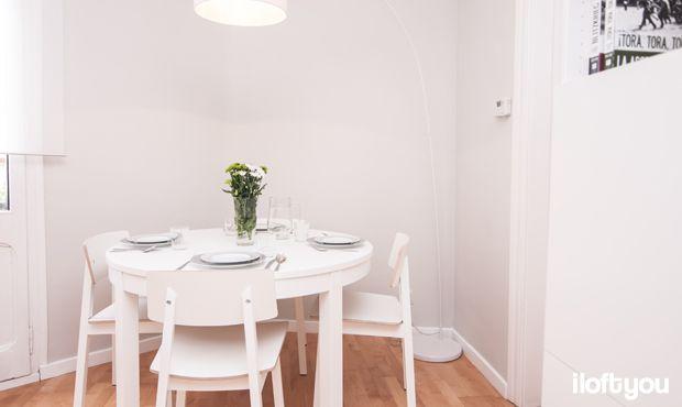 #proyectoindustria #iloftyou #interiordesign #ikea #barcelona #lowcost #diningroom #bjursta #sigurd #papua #faroiluminacion #enje #besta