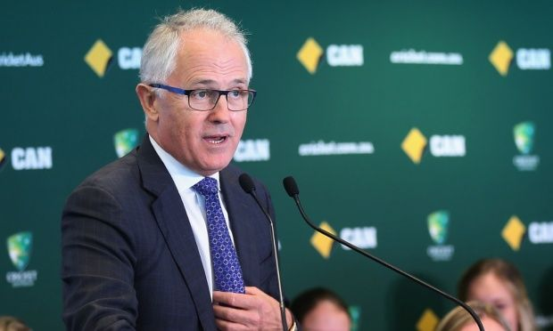 Malcolm Turnbull directs NBN Co to use mixed-technology model.