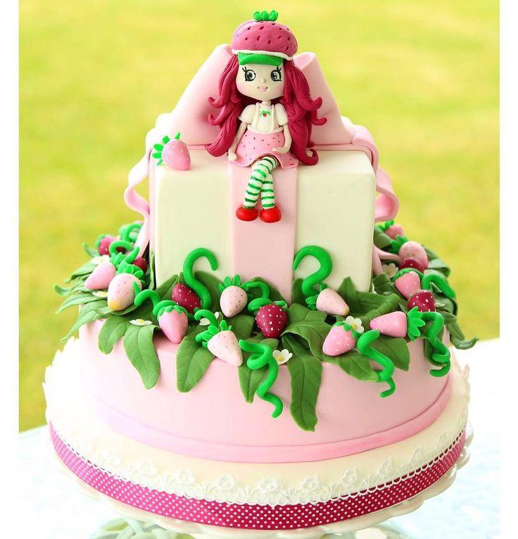 Şimal'in çilek kız temalı Doğum günü pastası��İletişim için Dm atabilirsiniz.İrtibat:05356116819�� #pasta #butikpasta #kurabiye #kek #sakarya #izmit #gıda #düğün #dugunpastasi #nişan #nişanpastası #nişankurabiyesi #doğumgünü #dogumgunupastasi #dogumgunukurabiyesi #cupcakes #cookies #cakes #boutiquecake http://turkrazzi.com/ipost/1523141897333513065/?code=BUjSXxVFBtp