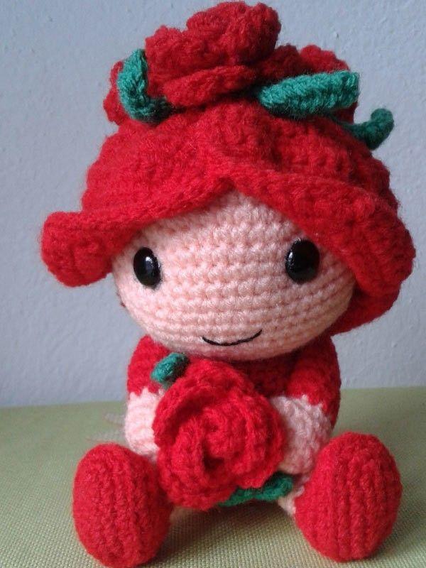 Blumenkind Rosenrot Häkelanleitung Crochet Amigurumi Häkeln
