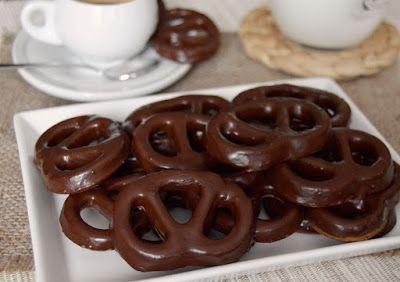 Csokis mogyorós perec