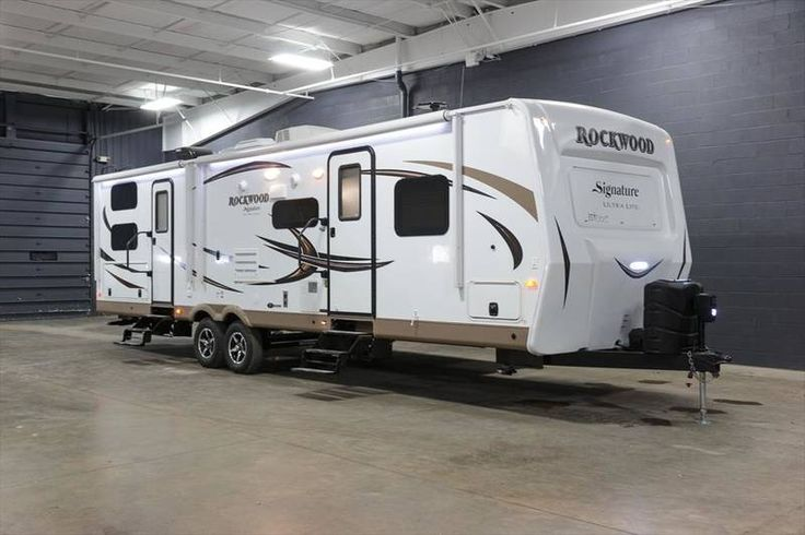 2017 Forest River Rockwood Signature Ultra Lite 8311WS for sale  - Grand Rapids, MI | RVT.com Classifieds