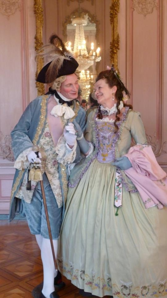 "I.Rokoko Redoute auf Schloss Benrath 09/2012. ""The ""old"" light green jupe has got a new caraco from the same silk (I had a little amount left) and a new stomacher from lilac silk with matching embroidery."" Henriette Stein, http://pinterest.com/henriettefrfrvs/my-very-own-18th-century/"