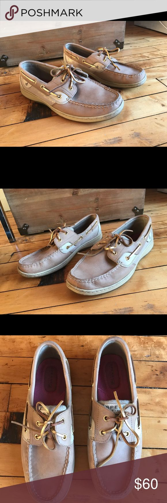 Sperry Women's Boat Shoes Excellent condition, women's sperry boat shoes. Size 8.5. No odor, rips, tears of stains. Probably worn less than 5 times. Pretty gold accents on side and on laces. Sperry Top-Sider Shoes Sneakers