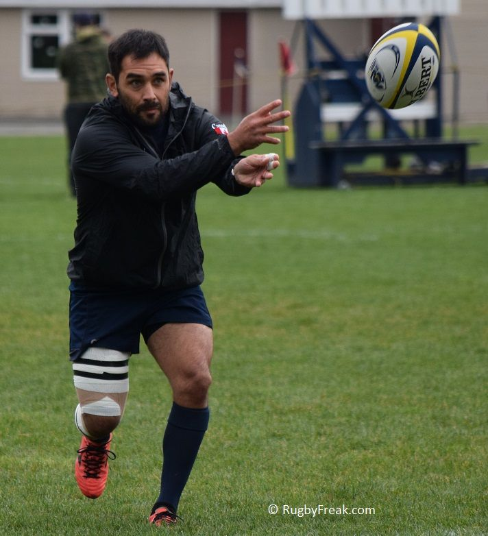Canadian rugby star Phil Mack displays perfect throwing technique while warming up before a club game. #rugbyfreak #sofreaky #bcrugby #rugby #JBAA #teamcanada #rugbycanada #philmack #mackattack