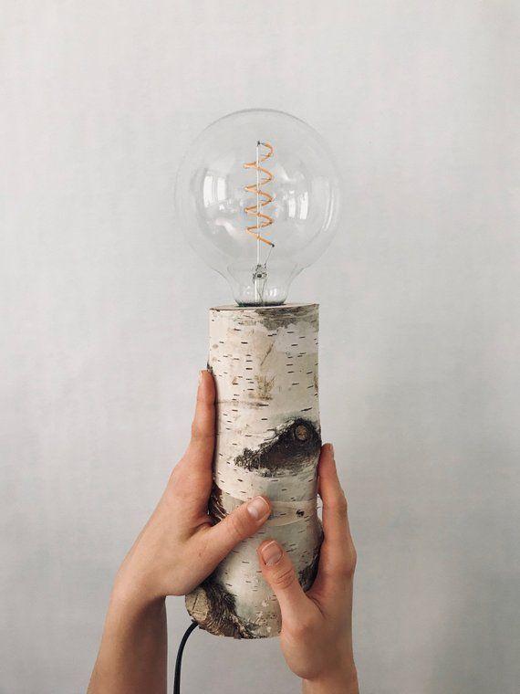 Unsere Handgefertigte Lampe Mit Einem Birkenstamm Als Fuss Bringt Mit Dem Led Leuchtmittel Ein Angenehmes Licht Und Flush Ceiling Lights Led Diy Handmade Lamps