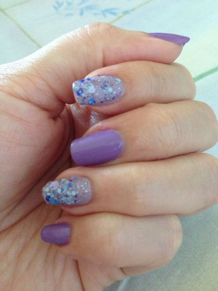 Nude and glittery violet