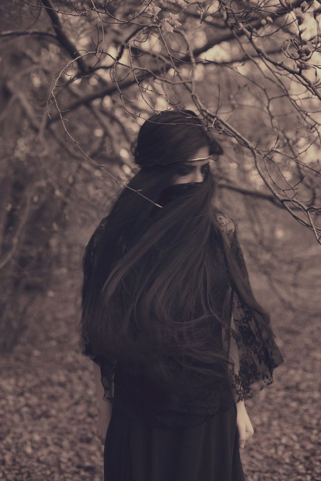 Farah – Melinoe Immortal • Dark Beauty Magazine