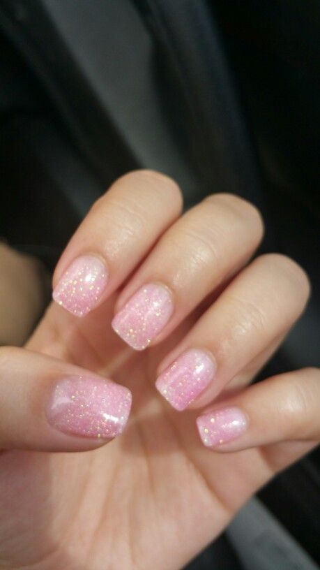 Dipping powder on my natural nails. Im in love