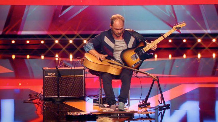Pierre Pihl begeistert mit seinen drei Gitarren - Supertalent 2015 - Video