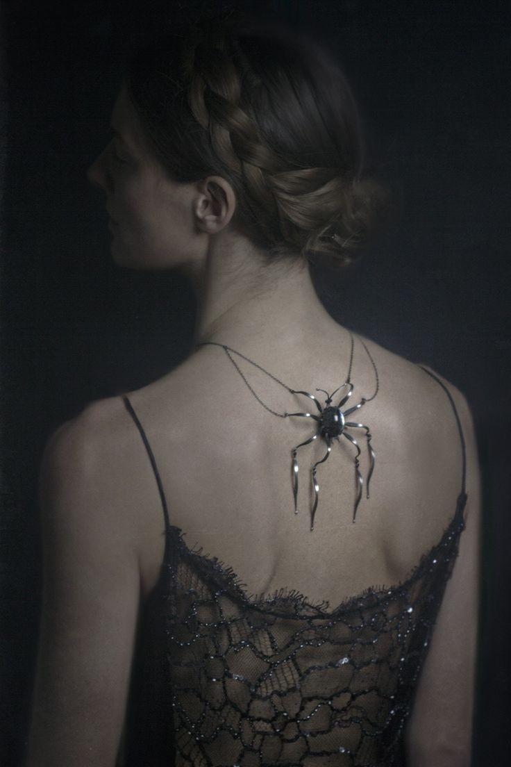 Halloween black  http://classychicissime.com/4-halloween-costume-ideas/13925/