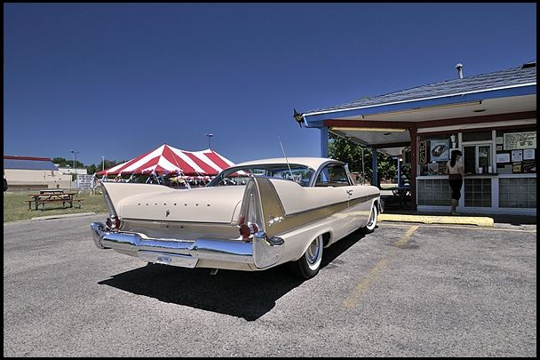 1958 Plymouth Fury Golden Commando AACA 1st Place Class Winner presented as lot F106 at Monterey, CA 2012 - image9
