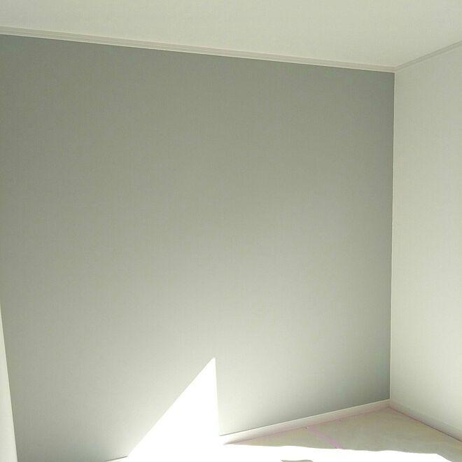 壁 天井 リリカラ ブルーグレー 水色の壁紙 グレーの壁 などの