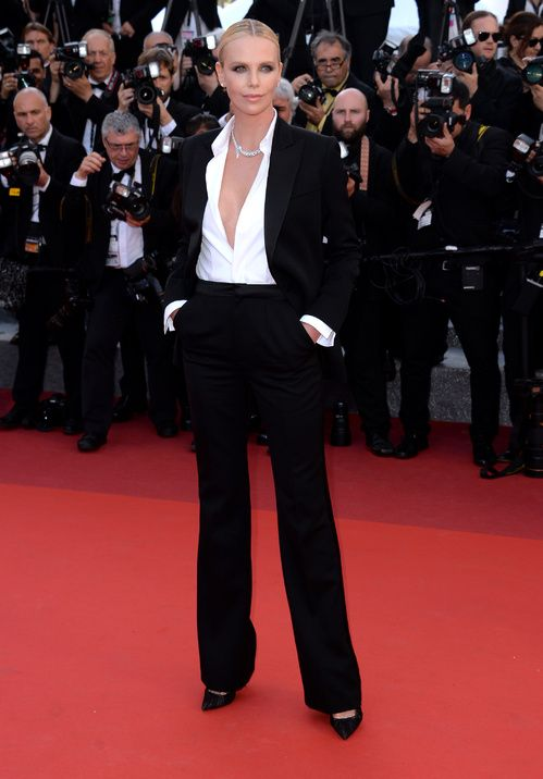 Cannes 2016 - Charlize Theron in Dior Couture - Day 10 (montée des marches The Last Face)