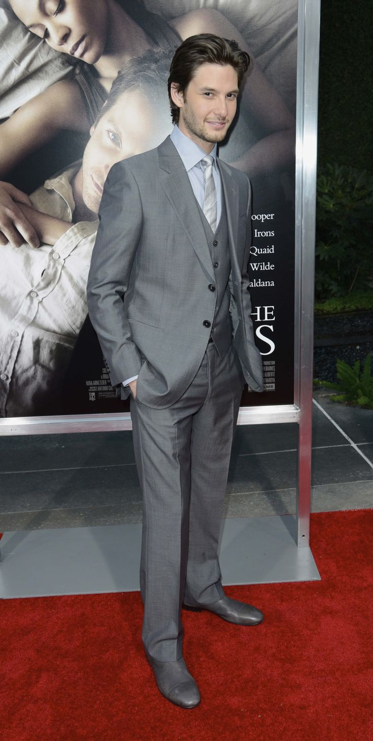 'THE WORDS' PREMIERE IN LOS ANGELES 186.jpg Click image to close this window