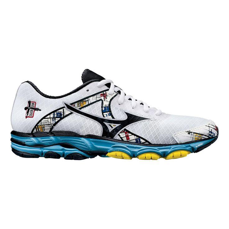 Mizunos Womens Wave Inspire Trail Running Shoes