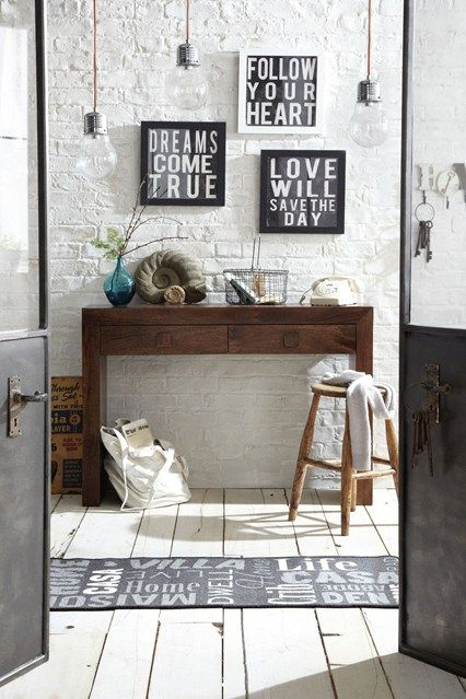 Positive Mantras - Hallway Design Ideas & Pictures – Decorating Ideas (houseandgarden.co.uk)#ViewImage