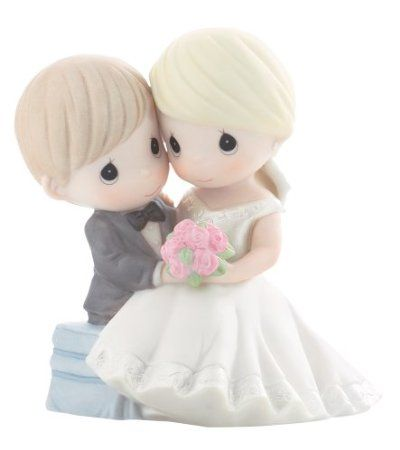 """Precious Moments """"To Have And To Hold Forevermore"""" Figurine: Furniture & Decor"""