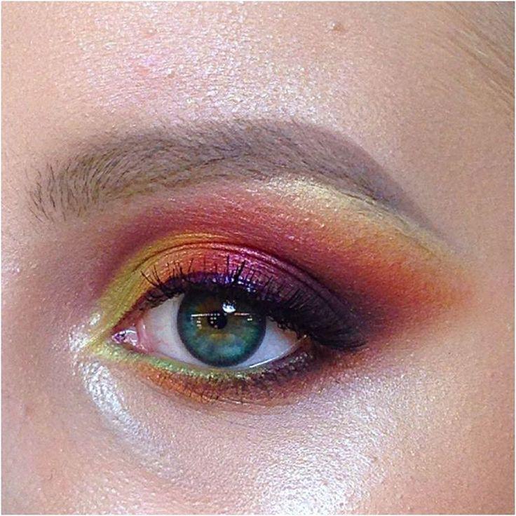"""90 Likes, 5 Comments - Школа макияжа FaceTime СПб (@sofia_baburina) on Instagram: """"Работа в акварели и кремовых текстурах. У Настюши необыкновенно красивые глаза. #makeup…"""""""
