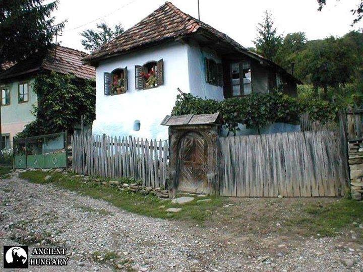 Rejtőzködő szépség... Székely ház Kőrispatakon