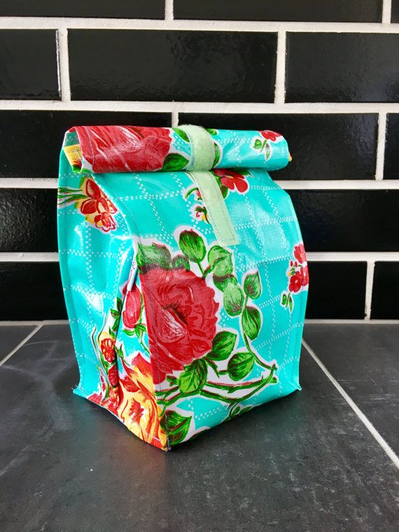 the happiest lunch bag on Earth! Bright and beautiful eco friendly reusable lunch bag, donates 20% of sale proceeds to Make For Good on Etsy in 2016. Miss Zuckerlich madeforgood Lunch Bag by MissZuckerlich on Etsy