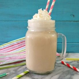 Root Beer Float Smoothie #recipe #rootbeer #smoothie #kids #snack