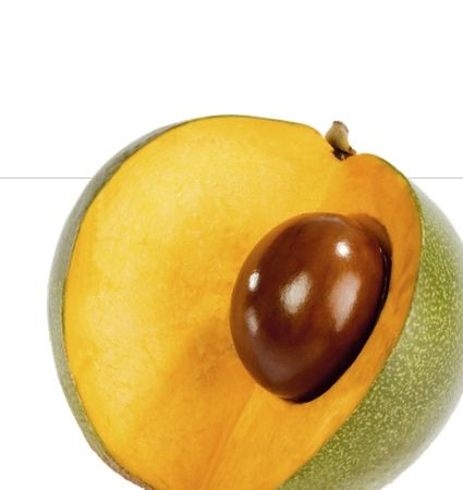 Lúcuma, a subtropical fruit from the Andes. The dryish flesh has a unique flavor of sweet potato and maple syrup. #fruits #peru #lucuma