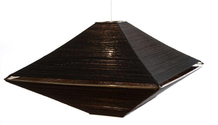 Lampara en hilo de algodon con estructura de hierro.LUMIKA DESIGN