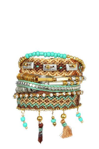 Bracelet Hipanema, de quoi redonner des couleurs à votre tenue #intothechic