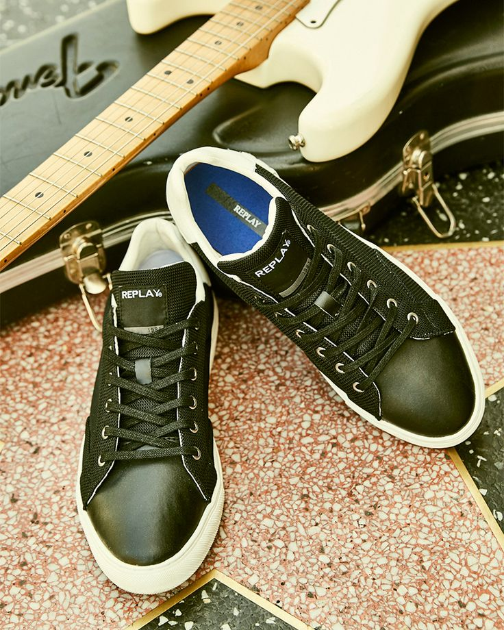Rock them however you want. #replay #replayjeans