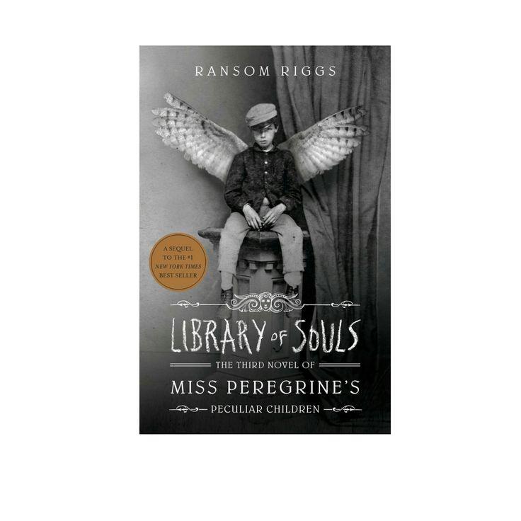 """von Ransom Riggs Endlich, endlich ist es geschafft: Jenes Buch, das ich für die 12 für 2017-Challenge für die Kategorie """"Motivationslos"""" ausgewählt hatte: Der dritte Band der Miss Pereg…"""