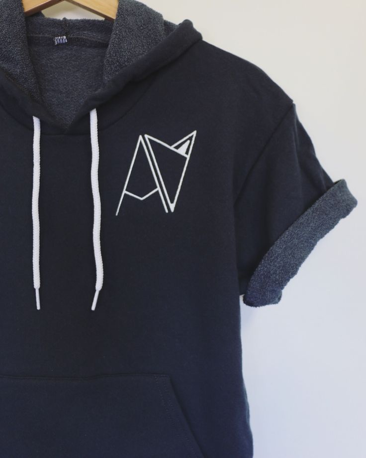 Androgynous Fox Clothing |Short Sleeve Hoodie