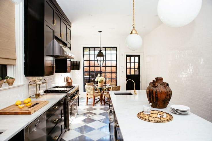 This Georgian Townhouse by the Design Director of Nate Berkus Associates Is an Antique Lover's Dream Photos | Architectural Digest