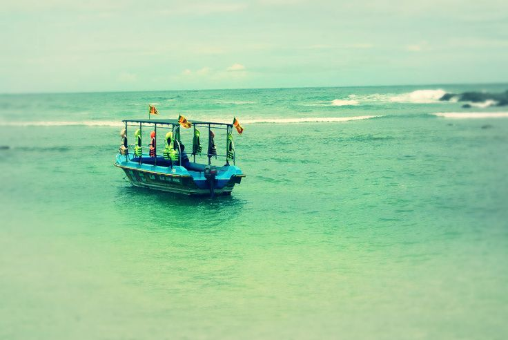 Hikkaduwa coral boat ride