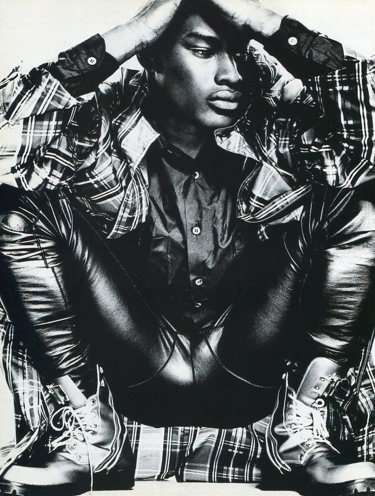 TBT: Tyson Beckford in 1994 Fashion Spread for Mondo Uomo It  image Tyson Beckford Editorial Photos 002 800x1059