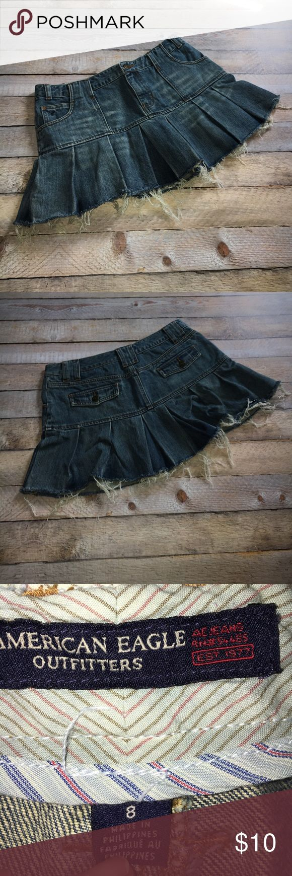 """‼️Sale‼️American Eagle Denim Skirt ✔️American Eagle Denim Skirt ✔️Size 8 ✔️Body 100% cotton ✔️Waist 15 ✔️Length from waist to hem 12"""" ✔️No defects, good  ✔️This is a reposh, just a little short for my taste once I tried it on. SUPER cute!! American Eagle Outfitters Skirts Mini"""