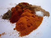 <p>Lekkere Zuid-Afrikaanse kruidenmix voor bobotie en is ingestuurd door MissFromage. Kruidenmix voor bobotie (voor 500 gram gehakt)* 0,5 eetlepel kurkuma 1 theelepel koriander, gemalen 1 theelepel garam masala 1 theelepel paprikapoeder Snufje kruidnagel, gemalen Snufje kaneel, gemalen Snufje cayennepeper Zout en peper naar smaak Er hoort ook knoflook en gember …</p>