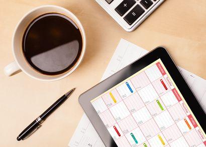 Préparez votre calendrier éditorial. Qu'est-ce que j'entends par «calendrier éditorial»? Un calendrier éditorial est